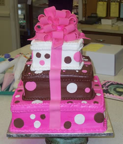 ... 3 Layer Cake With Ribbon